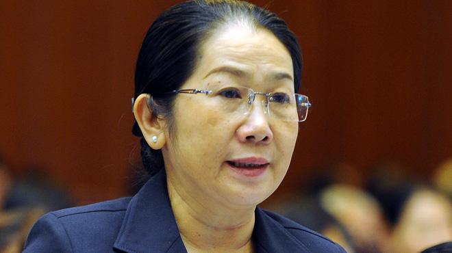 Kỳ họp thứ 4 Quốc hội khóa XIII về phòng chống tham nhũng - Đại biểu Nguyễn thị Dung