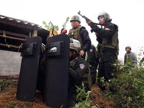 lực lượng cưỡng chế thu hồi đất ở huyện Tiên Lãng - Hải Phòng