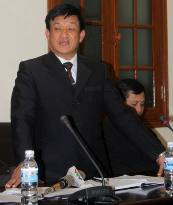 Lê Văn Hiền chủ tịch huyện tiên lãng đã phải san phẳng ngôi nhà ngoài khu cưỡng chế vì cho rằng đó là nơi kẻ gây án từng ẩn núp.